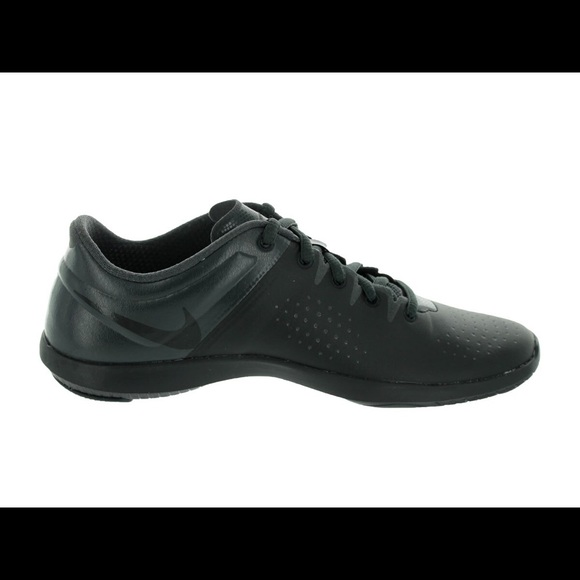 02ec3742eafd6 Nike Wmns Studio Trainer 616057-002